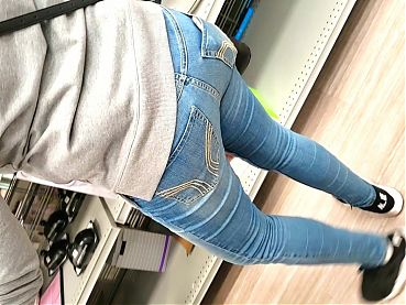 Latina Cougar Mom In Jeans