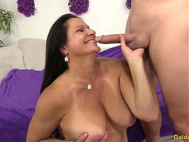 Older Slut Takes a Prick in Her Mouth and Pussy