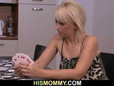He finds blonde mom toying her young pussy
