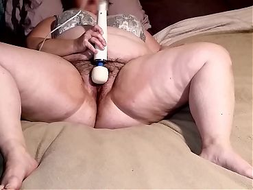 Hitachi Magic Wand Orgasm!