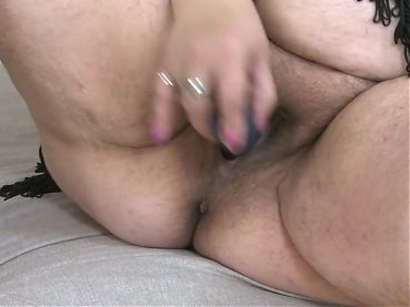 Mature super BIG mother with hungry pussy