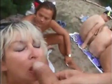 xhamster.com 7922655 on the beach.mp4